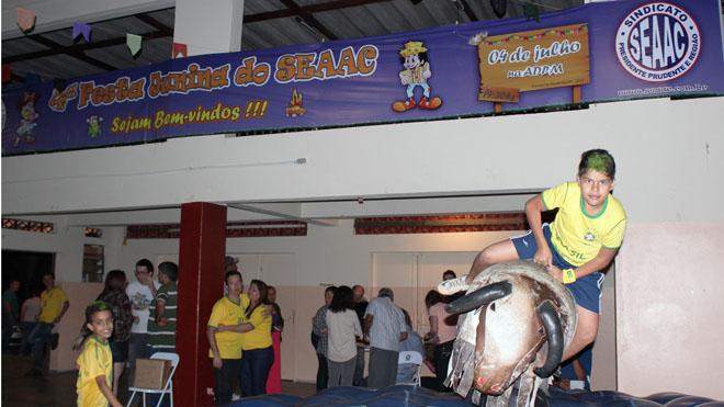 MUITA DIVERSÃO NA FESTA JULINA DO SEAAC 2014