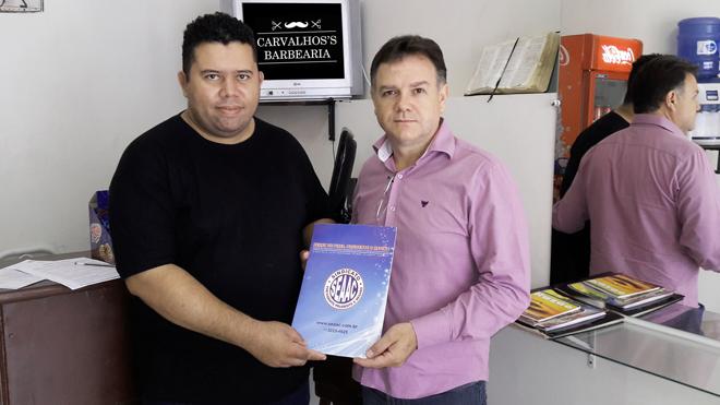 DESCONTO ESPECIAIS EM CORTE DE CABELO E ESTÉTICA